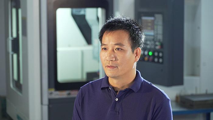 极艺工模部经理-陈俊伟